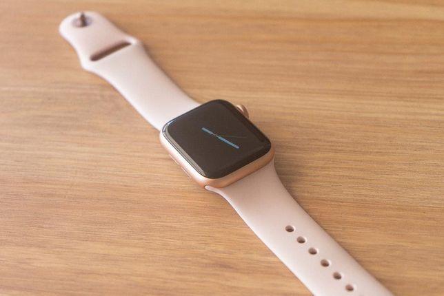 Apple watch SE 40 mm, Эпл уатч СЕ 40мм срочно.