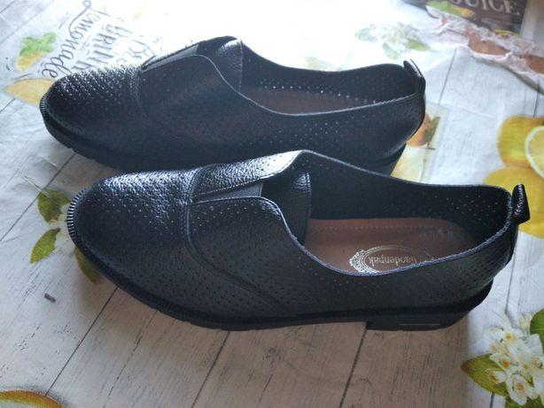 Обувь женская лето- осень 37 размер