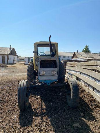 Трактор сатылады документи бари бар