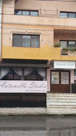 Spatiu comercial zona liceului Spiru 120mp fost salon Antonella studio