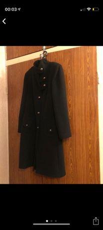 Пальто женское..