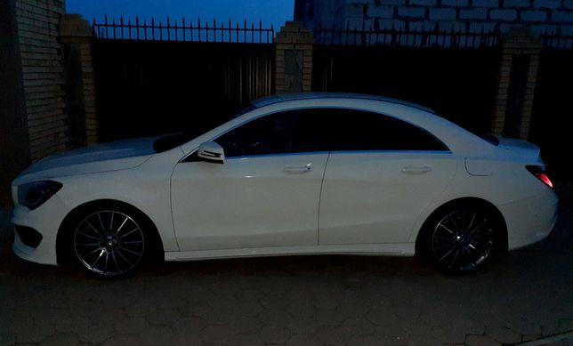 Продам Mercedes-Benz CLA 200