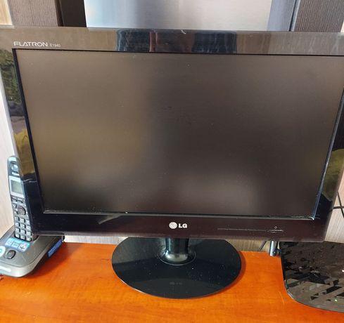 Продам монитор для компьютера