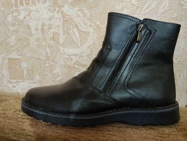 """Продам  мужские кожаные  зимние сапоги """"Респект"""" , 43  размер"""