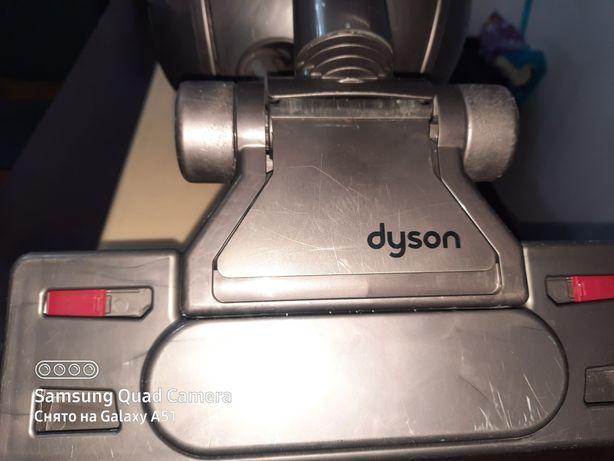 Дайсон,пылесос,dyson продам .