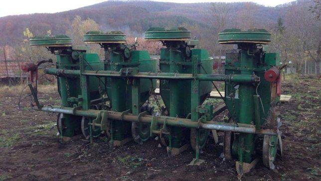 Masina plantat cartofi , semanatoare cartofi CRAMER 4 randuri