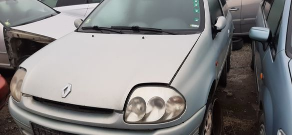 Рено Клио 1.9 дизел 59 KW 2001 г
