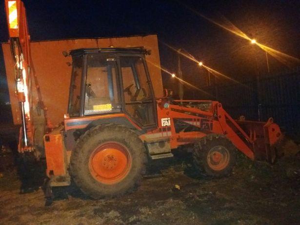 Inchiriez buldo excavator