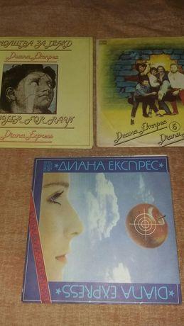 Продавам нови грамофонни плочи