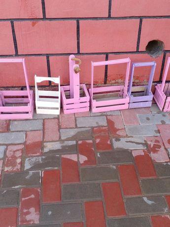 Семь деревяных корзин для улицы или дома