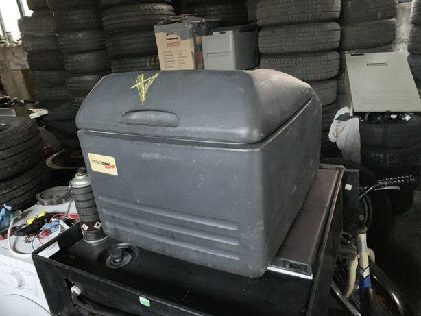 Frigider auto camion rulota cu compresor congeleaza 12v si 24v