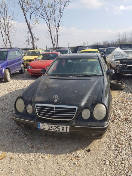 Mercedes E 220 cdi На Части !