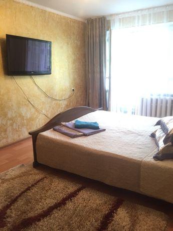 Квартира посуточно почасам (счет-фактура.) в центре Алматы