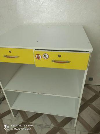Шкаф для магазина