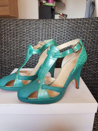 Оригинални дамски обувки Versace