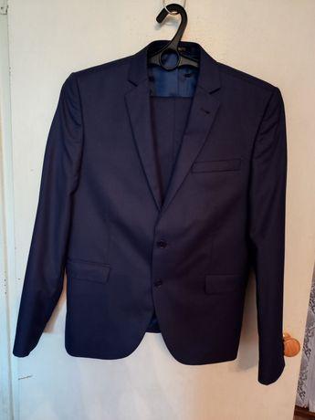 Продам мужской костюм с брюками Турция