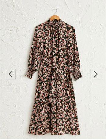 Продам платье весеннее