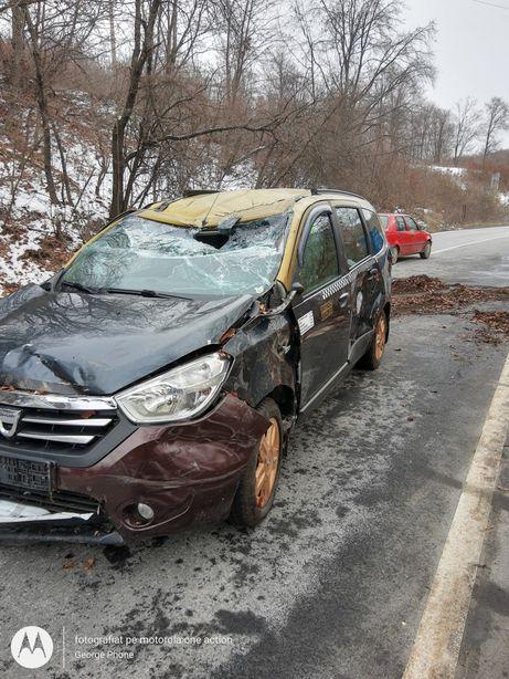 Dezmembrez Dacia Lodgy 2013 1.5dci 107cp 6+1