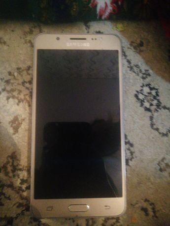 Samsung j5 продам
