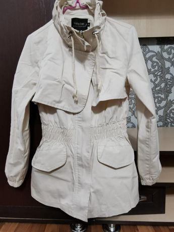 Продам женскую куртку осень/весна