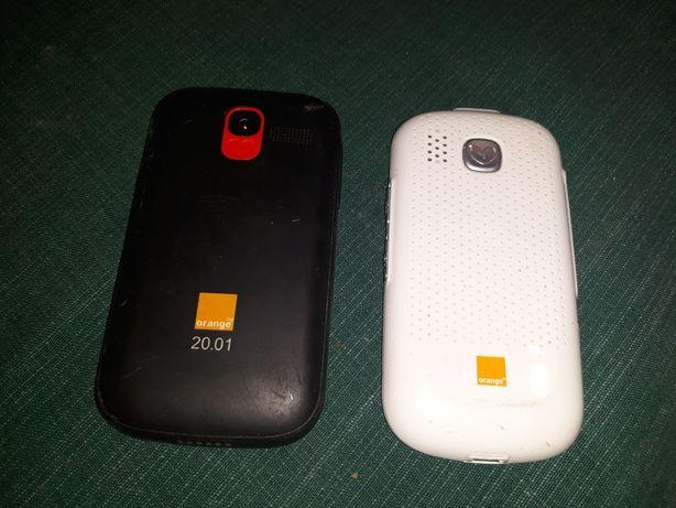 Vand telefoane cu taste mari si viata lunga a bateriei