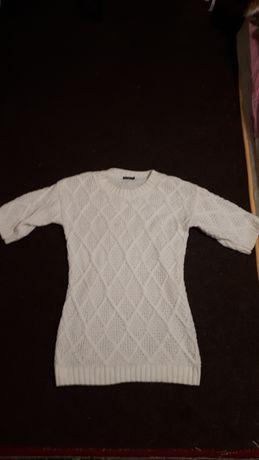 Свитер-платье белое