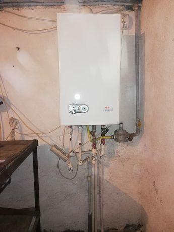 Vând centrala termica pe gaz