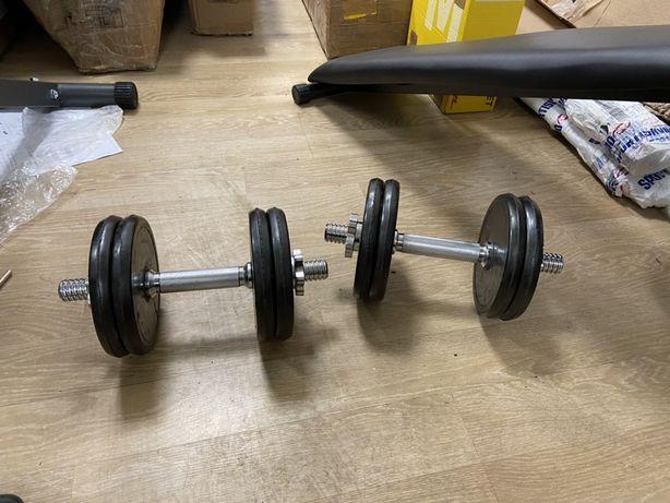 Gantere reglabile noi cauciucate de 21 kg 10,5+10,5=21 kg pret 300 ron