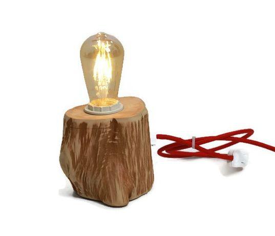 Lampa de masa din lemn