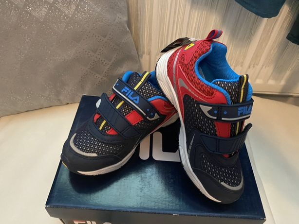 Adidasi Fila pt copii