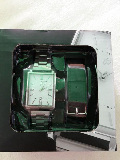 Ceas de mana unisex,adus de o zi din Germania,nou-nouț,in cutie sigila