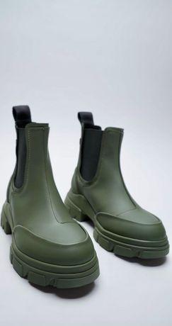 Ботильоны на прорезиненной подошве Zara 39р