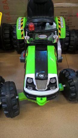 Tractor electric cu acumulator verde