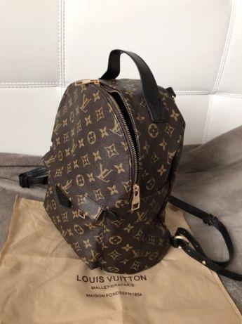 Rucsace unisex Louis Vuitton/Franta/saculet inclus