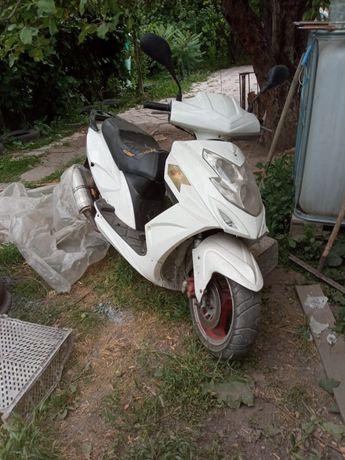 Продам   скутер Peda
