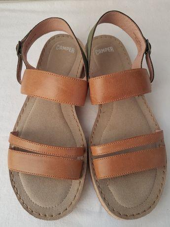 Sandale Camper, noi