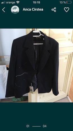 costum elegant, negru, material care nu se sifoneaza