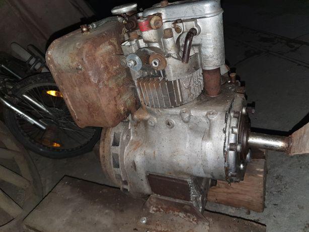 Motor 1 piston Diesel