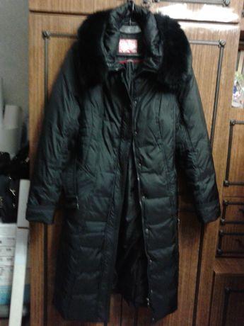 Продам женское пальто-пуховик