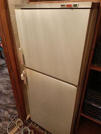 Продам холодильник Бирюса, срочно