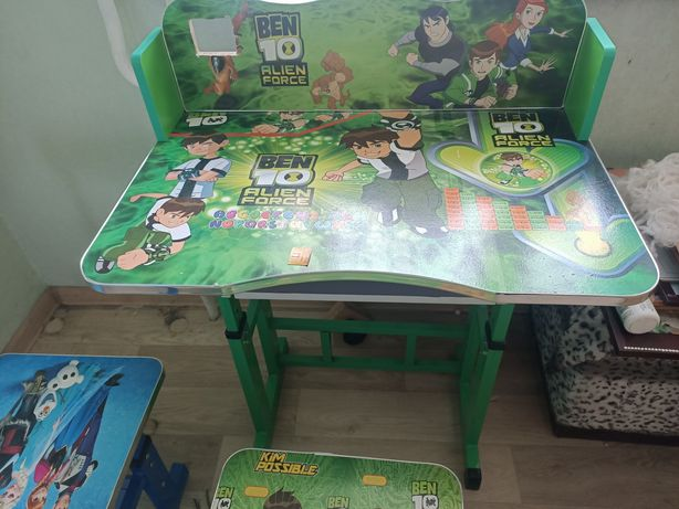 Продам стол детский