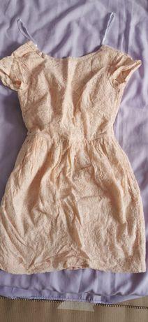 дамска рокля h&m с дантела