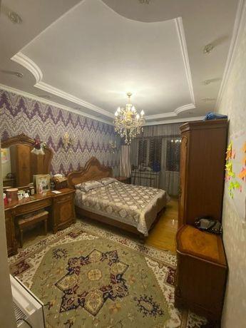 Спальний гарнитур 550 000 тг