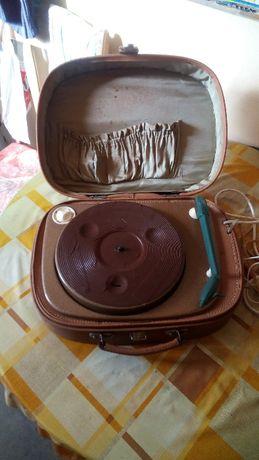стар ретро грамофон