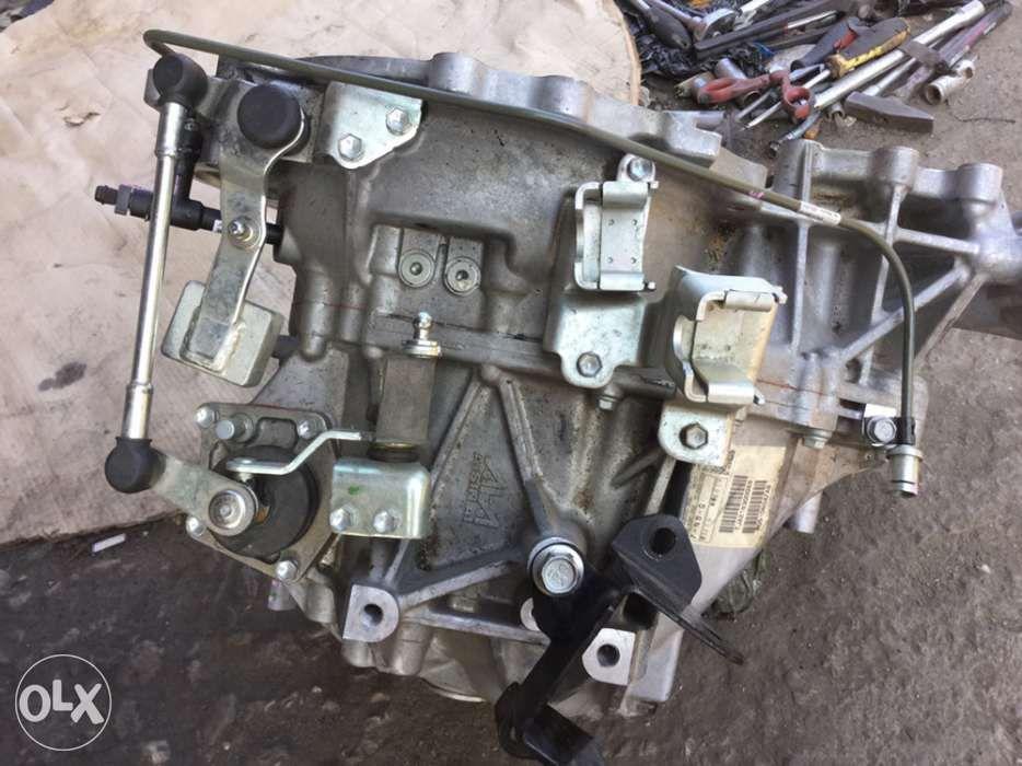 jeep compass cutie viteze 5000 km rulați modelul 2.2 crd 4x4 2011-2015 Stei - imagine 1