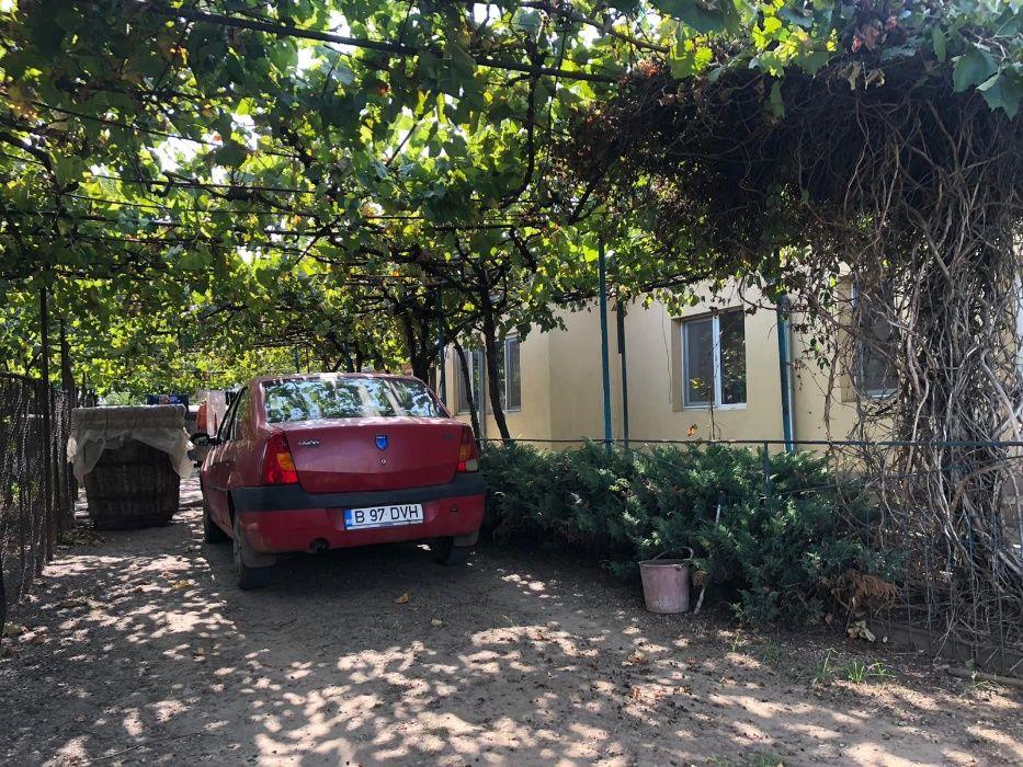 Casa Caramida Garbovi-Ialomita (5 km de Urziceni), 3250m teren-livada