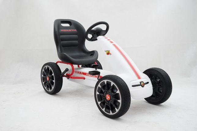 Masinuta GO Kart cu pedale Pentru copii de la Fiat Abarth #Alb