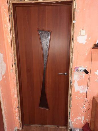 Дверь МДФ б/у в сборе
