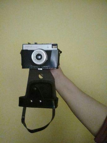 Aparat foto smena , anii 70, 80 folosit de 2 ori.