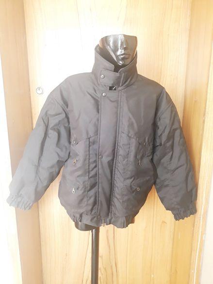 Мъжко черно зимно яке за едър нисък мъж